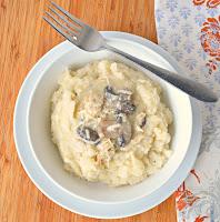 Crock-Pot-Chicken-And-Mushroom-Gravy-With-Tarragon.jpg