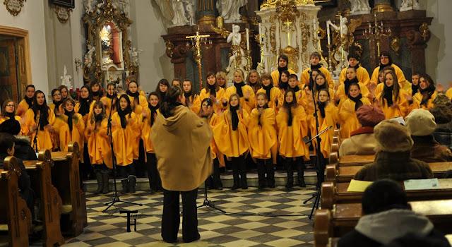 11.12.2012 Galakoncert v rámci 10. ročníku festivalu dětských pěveckých sborů - m_DSC_0567.JPG