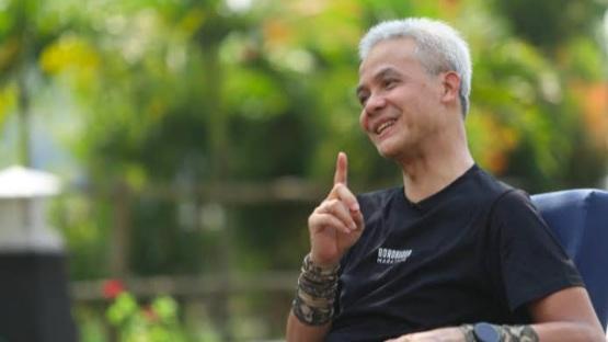 Geger Wisata ke Borobudur Dianggap Haram, Ganjar Angkat Suara, Netizen: Peninggalan Nabi Sulaiman kok Haram?