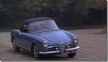 Alfa Romeo Giulietta Spider bleue Chacal