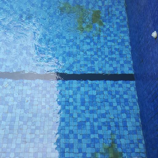 Jasa perawatan kolam renang sentul