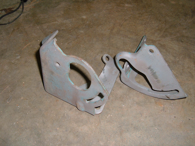 PS bracket, side mount, some 1963 and 64's and all 65-66 401-425's