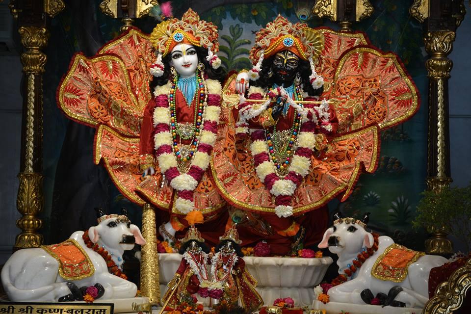 ISKCON Ujjain Deity Darshan 10 Jan 2017 (8)