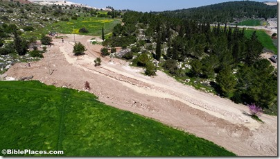 Roman road near Elah Valley aerial from south, ws030817211