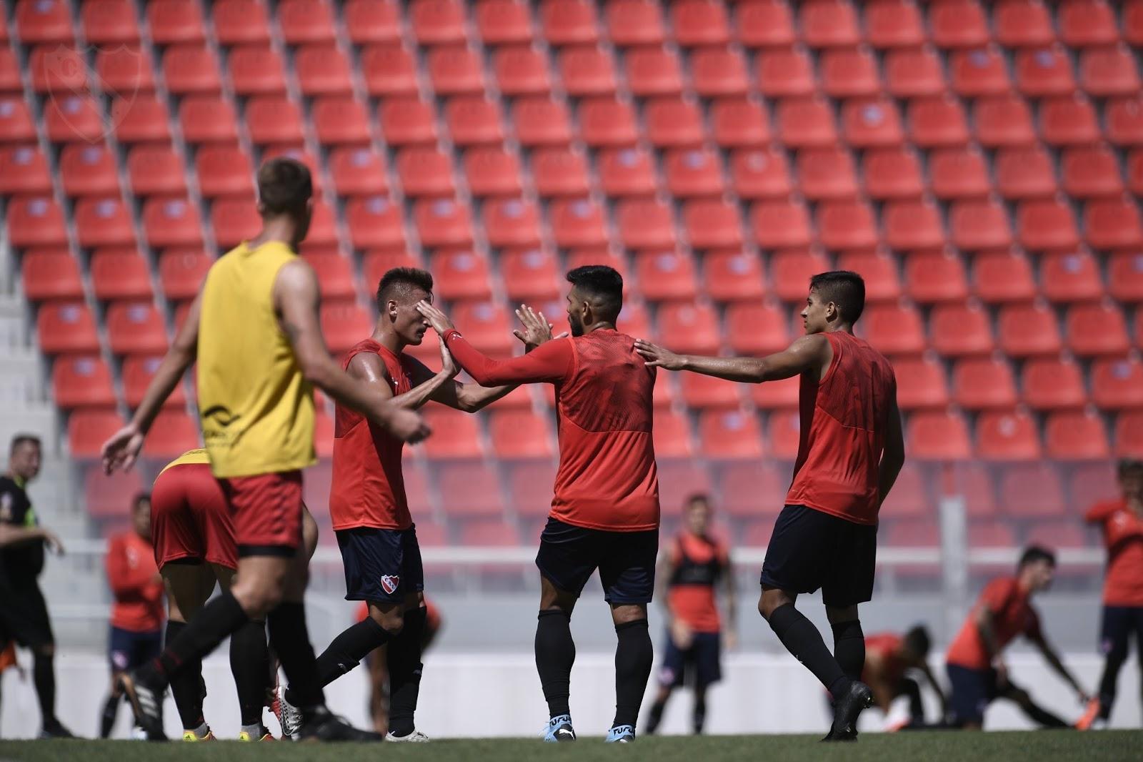 Pusineri arranca su ciclo como DT de Independiente a puro gol en sendos amistosos ante Douglas Haig 1578838948379898-0