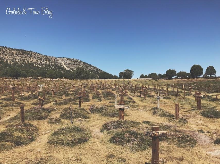 Tumbas de Sad Hill cemetery