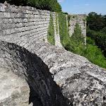 Ancien château : remparts