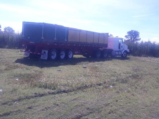 Frustra policía municipal de Huamantla robo de tracto-camión con mercancía.