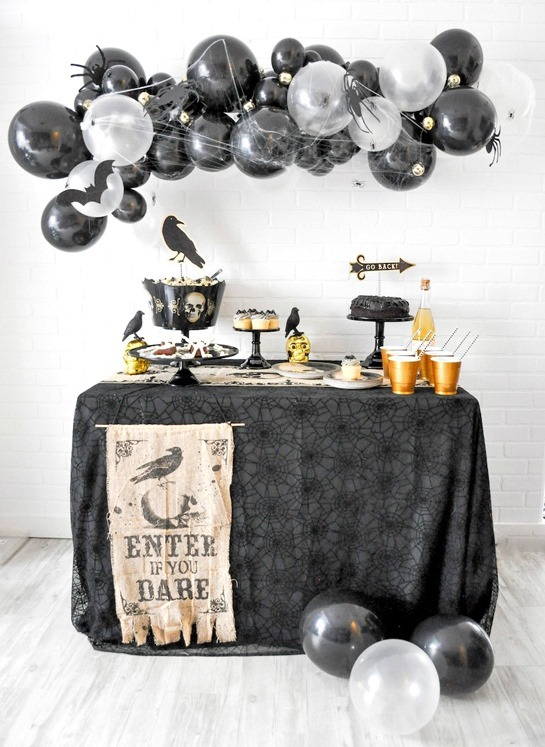 Boneyard-Skull-Halloween-Party-by-Karas-Party-Ideas-Kara-Allen-for-Party-City-3