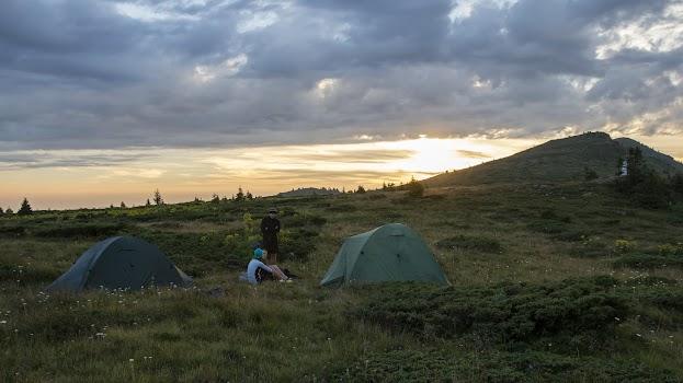 Jídlo na trek: Jak vařit na horách líp než Láďa Hruška a přitom nezhynout pod váhou krosny Praktické