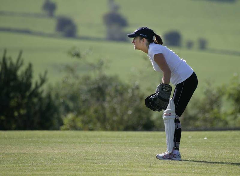 Cricket-Ladies22