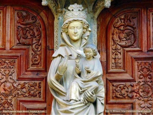 Virgen Blanca de la Catedral de Santa María de León. Foto. G. Márquez.