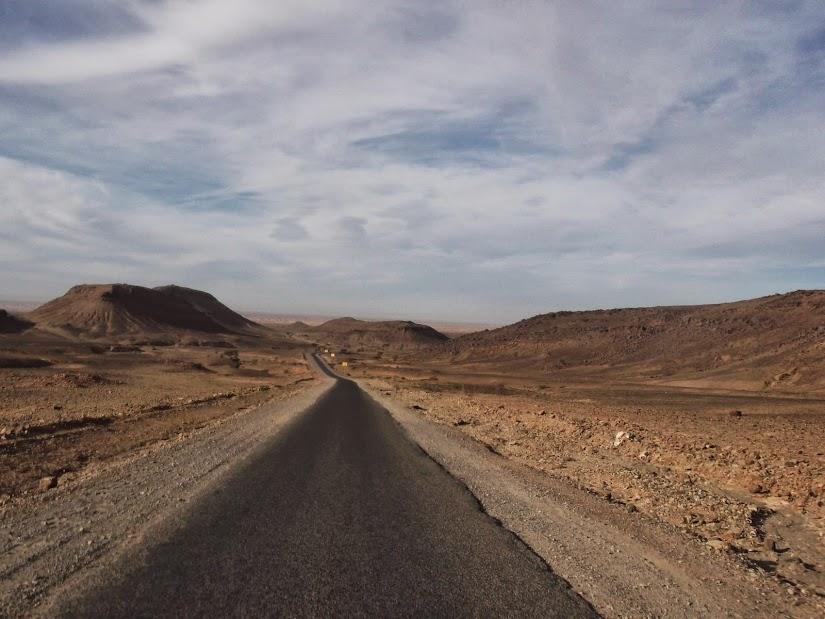 Marrocos e Mauritãnia a Queimar Pneu e Gasolina - Página 12 DSCF1433