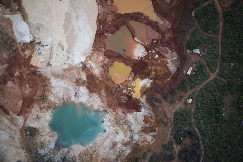 brazil-diamond-mine-areinha-4