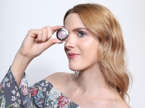 EyeshadowShinyPrettyThingsMACLook1