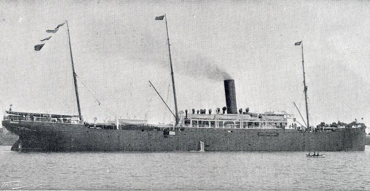 El vapor MANUEL CALVO. Foto del Libro de Informacion para el Pasajero. Compañia Trasatlantica. Año 1908.jpg