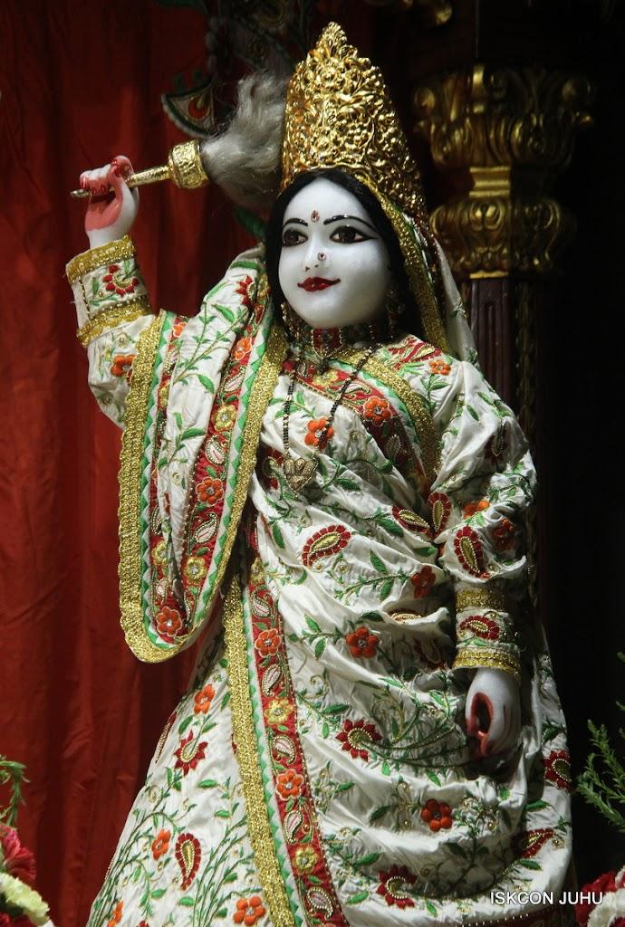 ISKCON Juhu Mangal Deity Darshan on 28th June 2016 (24)