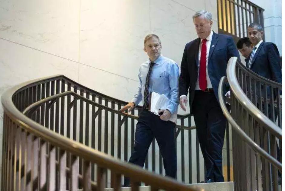 Trump start recruits house allies