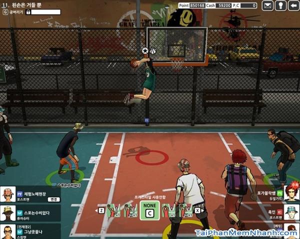 Một pha ghi bàn đẹp mắt trong game vua bóng rổ