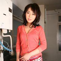 [DGC] 2008.05 - No.577 - Emi Ito (伊藤えみ) 055.jpg