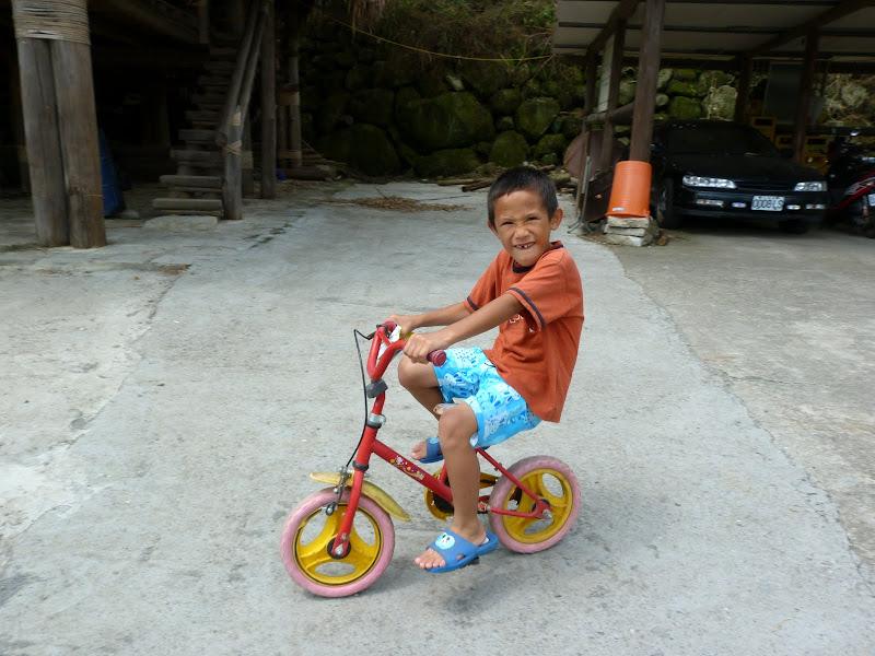 Shanmei, en scooter. J 16 - P1190142.JPG