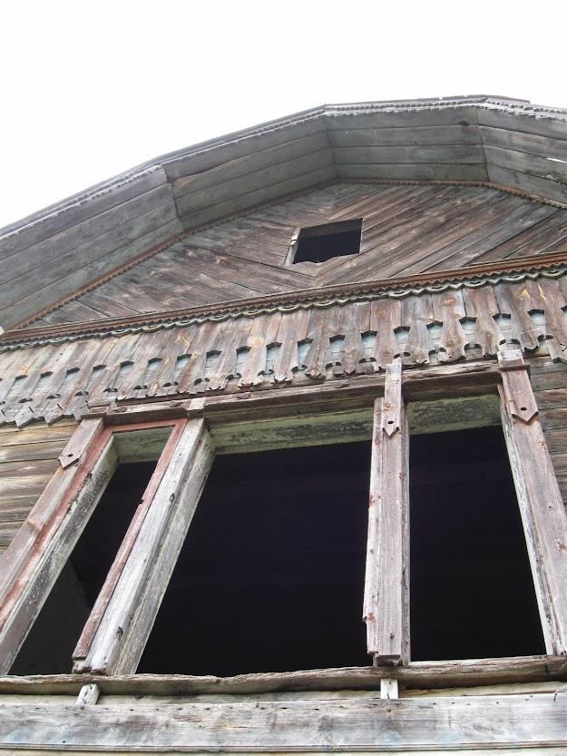деревянный резной усадебный дом в каднице