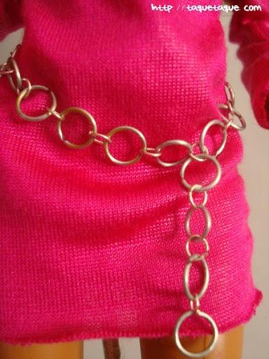 Diseños OOAK DIY by Taque-Taque para Barbie Fashionista: detalle del cinturón