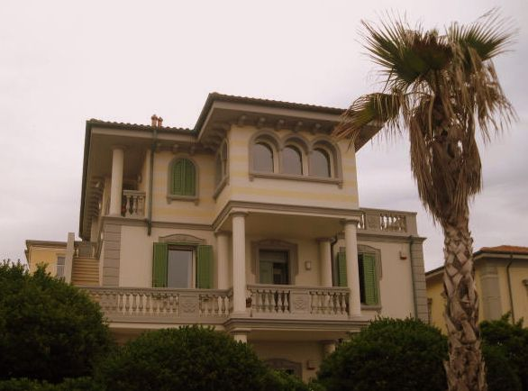 Villa next to restaurant il Bucaniere in San Vincenzo on the Tuscan coast