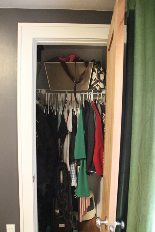 Closet-Before_thumb