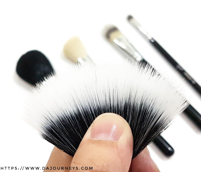 [Review] F50 Duo Fibre Brush dari Sigma Beauty