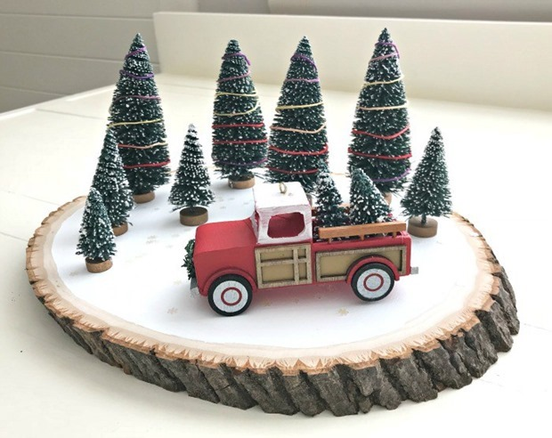 Red-Truck-DIY-Christmas-Centerpiece-7