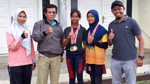 Dua Siswi SMPN 4 Payakumbuh Wakili Payakumbuh Ikut Seleksi POPDA Provinsi 2021