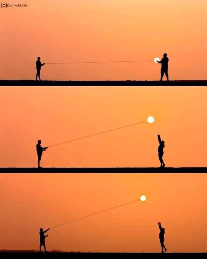 Foto Indah Sunset Keren Gambar Matahari Terbenam Unik Main Layangan