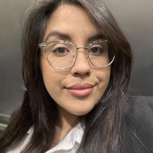 Jennifer Soto Photo 27