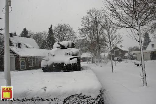 eerste sneeuwval in overloon 07-12-2012  (14).JPG