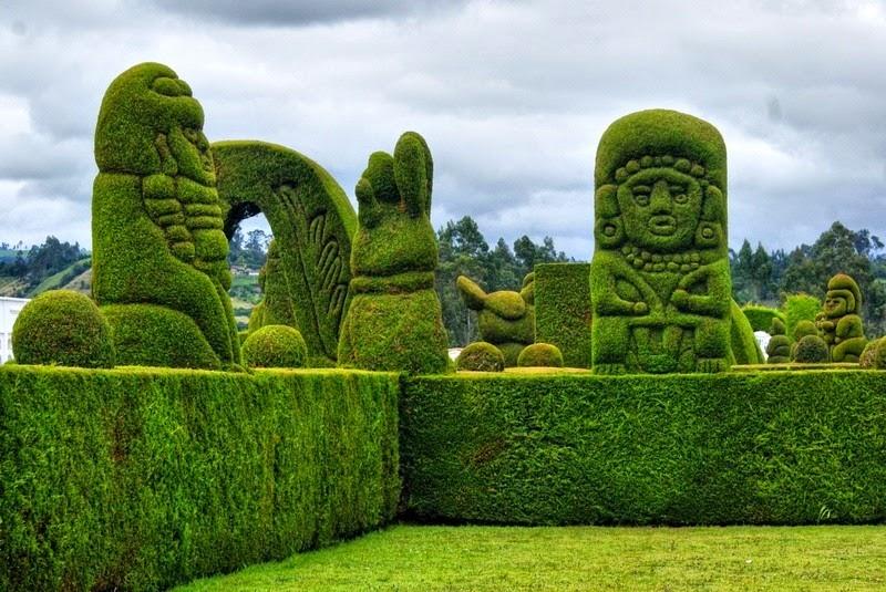Topiary Garden Cemetery Of Tulcan Amusing Planet
