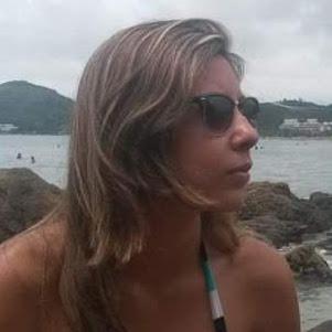 Caroline Moreno Photo 25