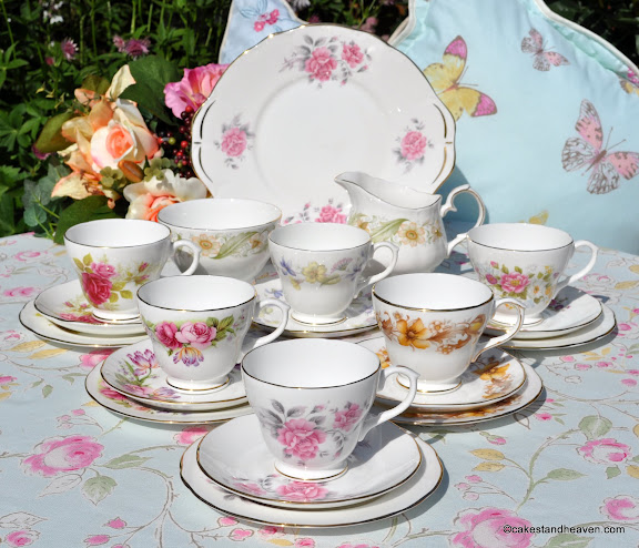 Duchess floral vintage tea set 21 piece