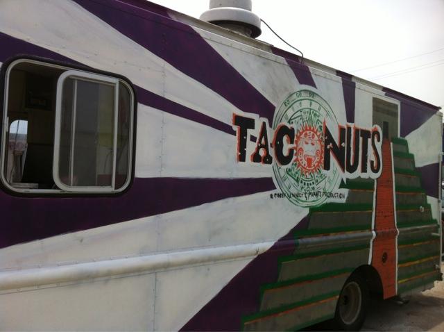 Houston Food Truck Reviews Taco Nuts Chicken Licken Vixen And