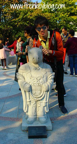 Patung Shio Kuda di National Folk Museum of Korea