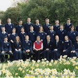 2004_class photo_Rosenthal_6th_year.jpg