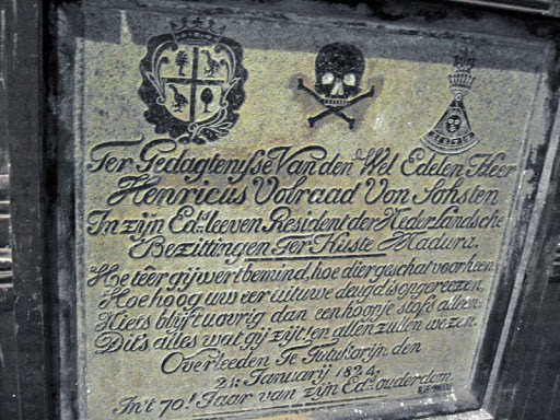 tomb of Henricus Volraad in Tuticorin