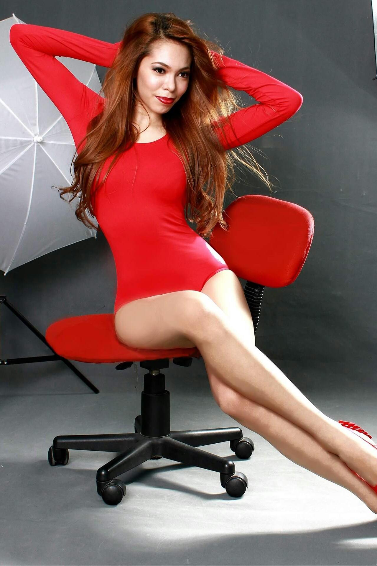 Emma Rueda - Busty Pinay Hottie Chick   Pinays Finest
