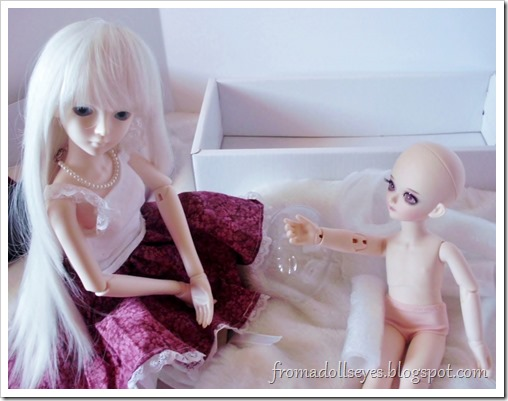 New Arrival: A Mystic Kids Doll Review: Meeting the other dolls.