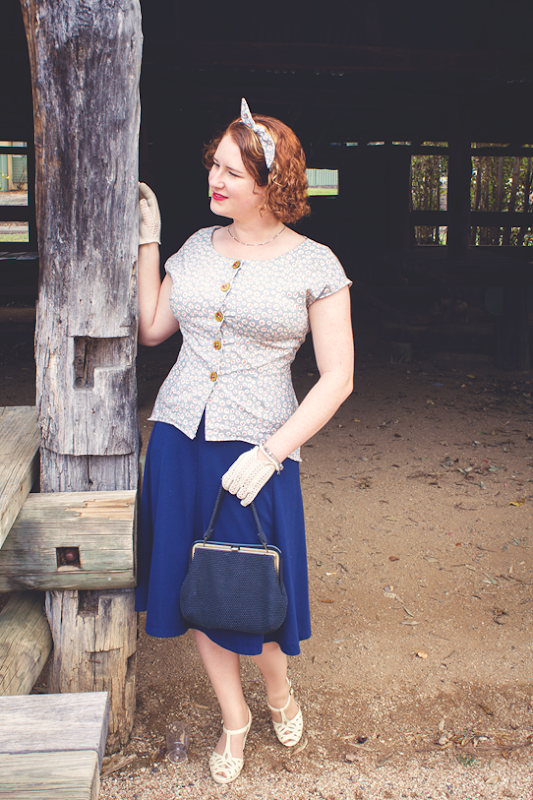 1940's blouse made with Simplicity 1590 retro re-release | Lavender & Twill