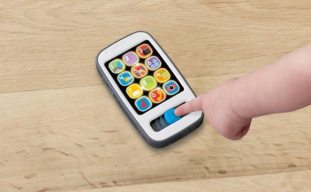 Điện thoại đồ chơi thông minh Fisher-Price Smart Phone bổ ích và lý thú
