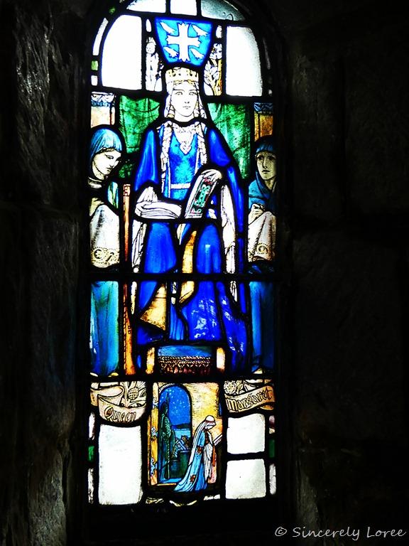 [St+Margaret+Chapel+-+Edinburgh+Castle%5B2%5D]