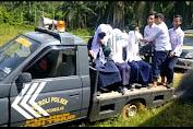 Sukseskan Program Vaksinasi ke Pelosok Desa, Kapolsek Ranto Peureulak Antar Jemput Warga