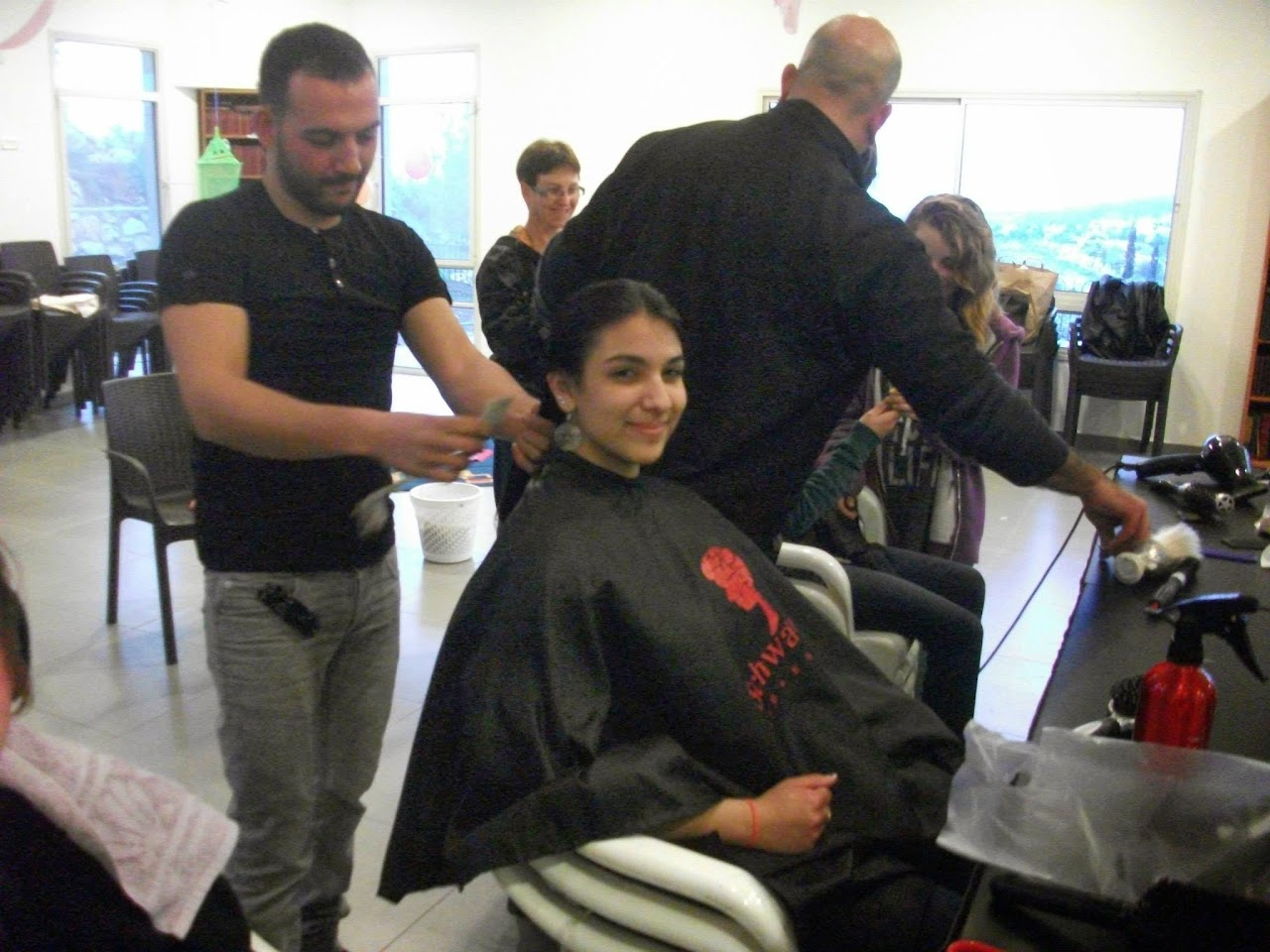Donating hair for cancer patients 2014  - 1655176_539677489481882_1466367154_o.jpg