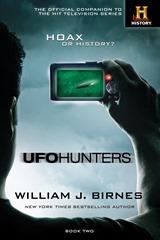 UFO Hunters Book Two - William J Birnes